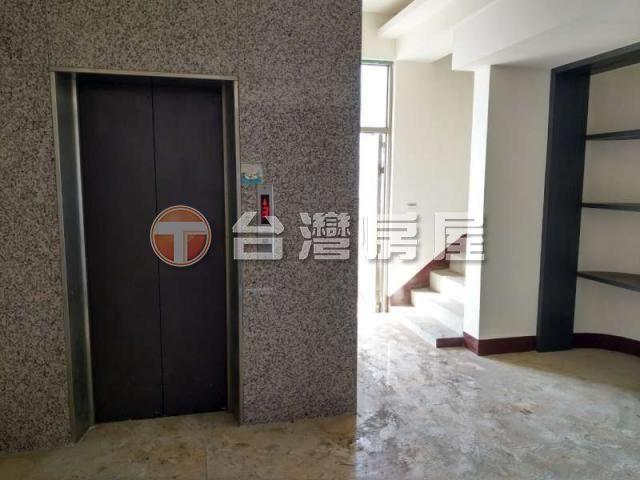 竹北車站超大華廈